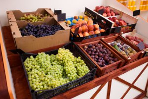 What are the prices of grapes in Poland?